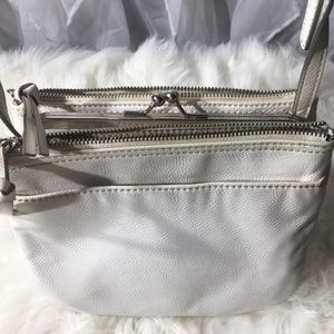 Nine West white leather purse, chunky zippers
